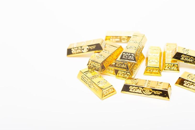 散らばった金塊(ゴールド)