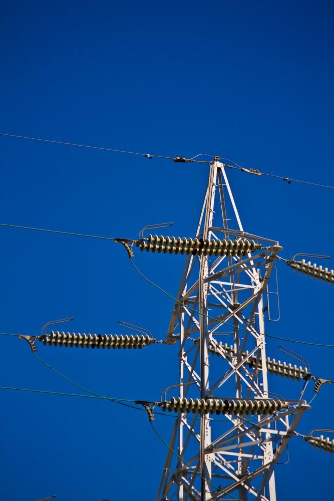 送電線と空