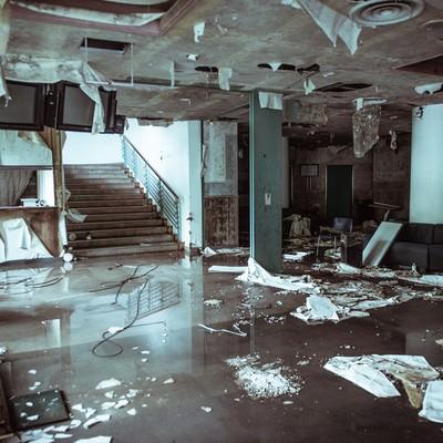 ゲレンデハウス廃墟のロビーの写真