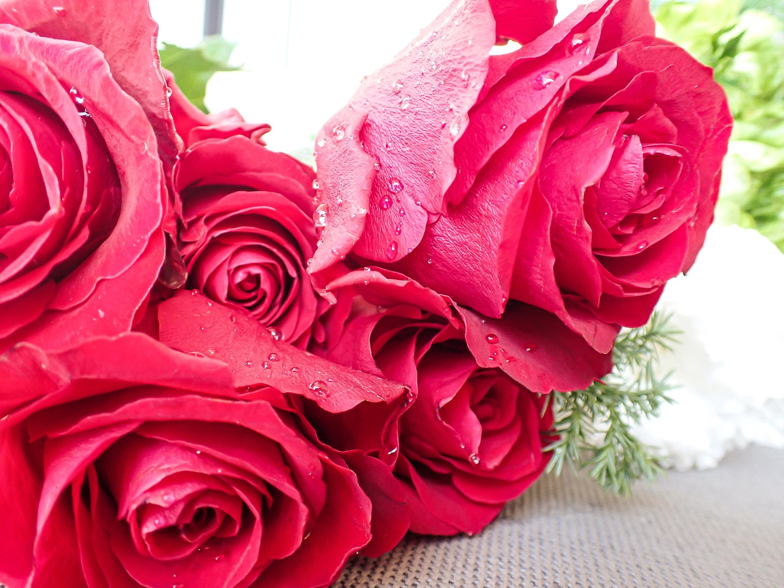 「フレッシュな薔薇束」の写真