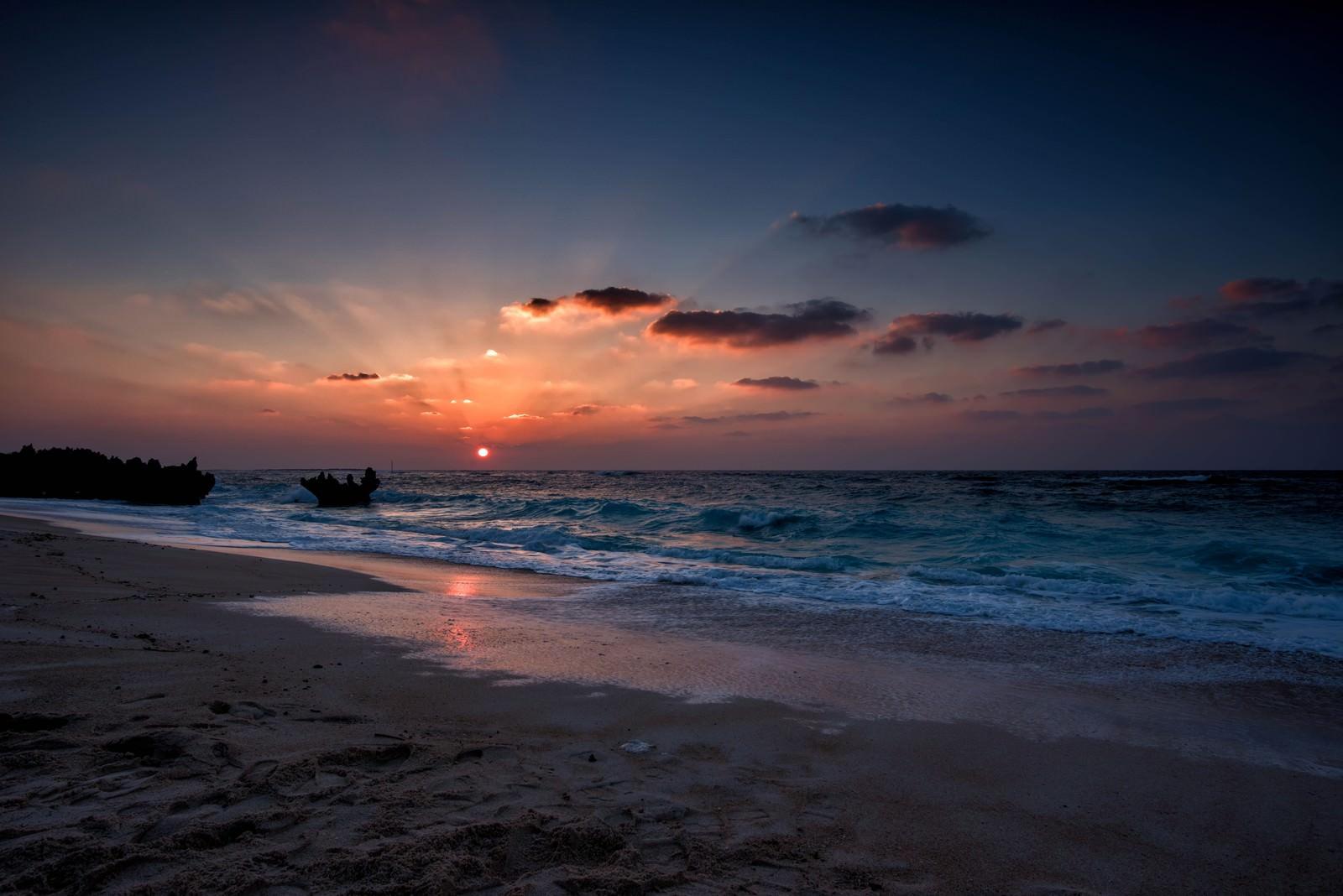 「与論島の夕日」の写真