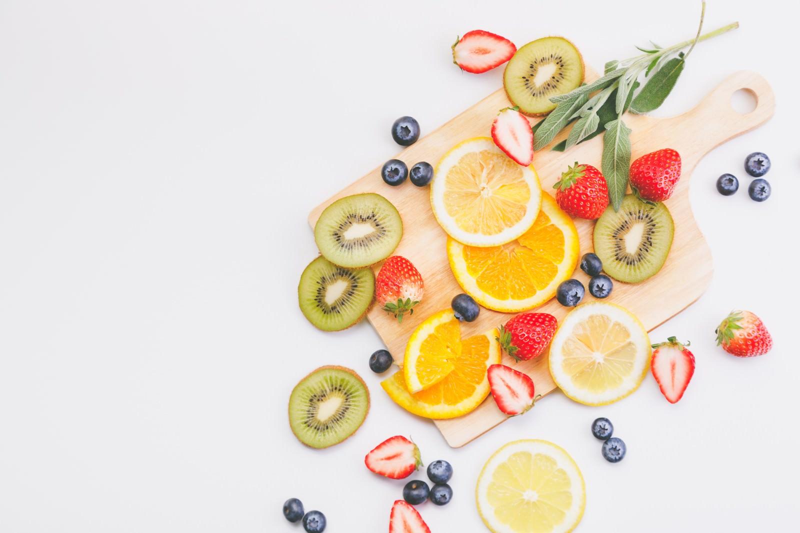 「ビタミンたっぷりフルーツ(マット)」の写真