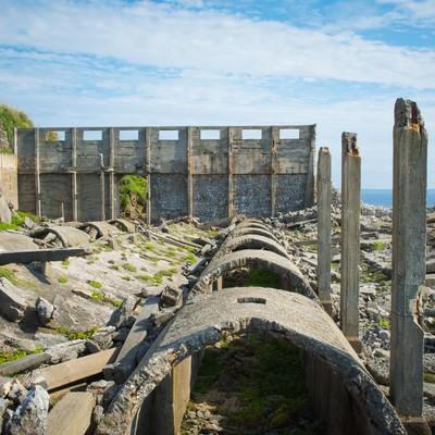 北大東島の燐鉱石貯蔵庫跡の写真