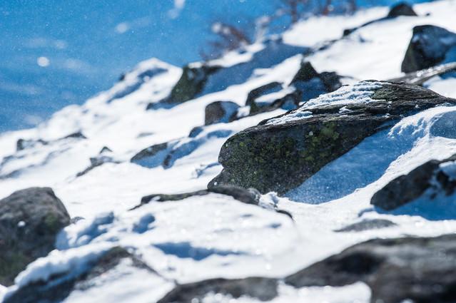 「厳冬期の蓼科山(たてしなやま)の山頂」のフリー写真素材