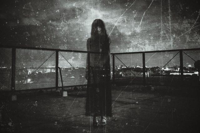 「屋上ゴースト」のフリー写真素材
