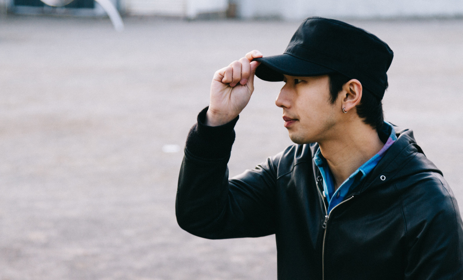「若者の日雇い労働者」の写真[モデル:大川竜弥]