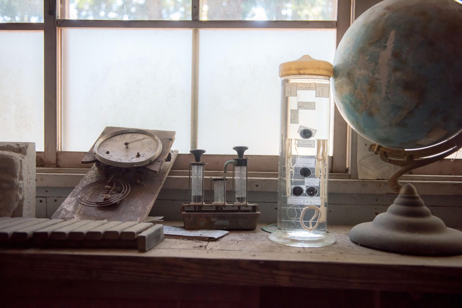 「廃校で見かけた備品」の写真