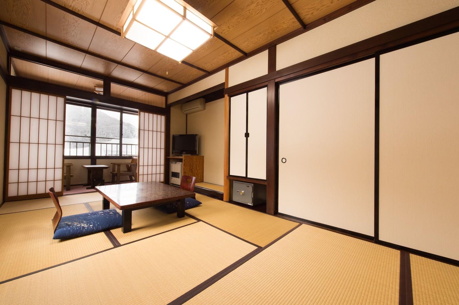 「平湯温泉のお宿栄太郎の和室」の写真