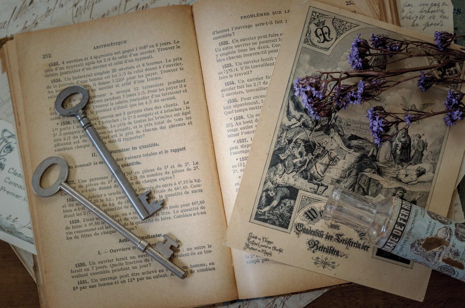 「魔法使いの机」の写真