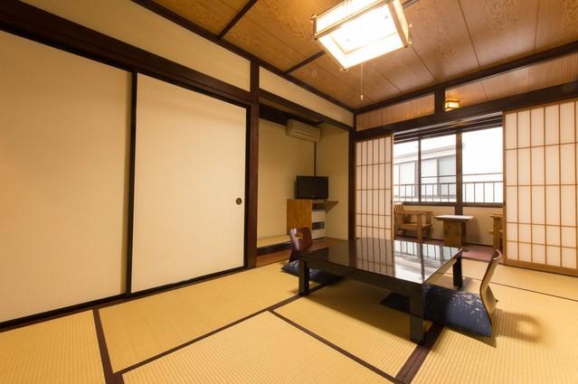 ゆったり寛げる宿、栄太郎の和室の写真