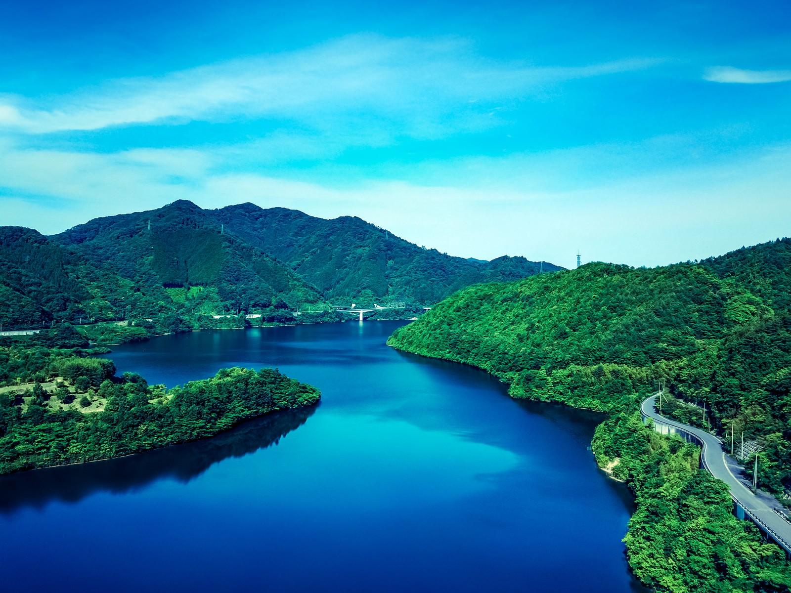 「奥津湖(おくつこ)」の写真