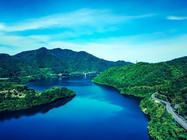 奥津湖(おくつこ)の写真