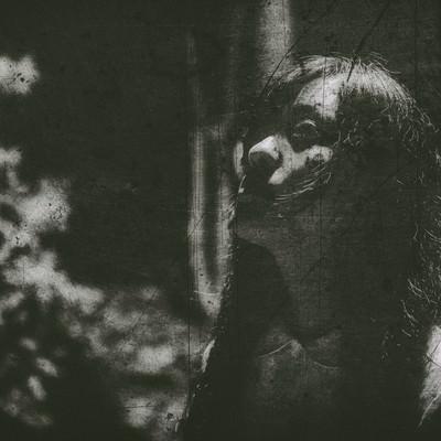 「絕望の渦中」の写真素材