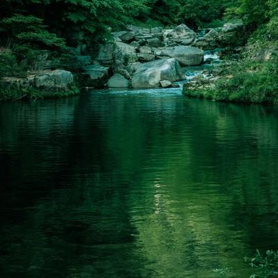 「静寂な奥津渓の景観」の写真素材