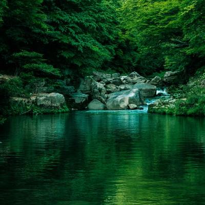 「メディアのロケーション地にも選ばれる奥津渓の景観」の写真素材