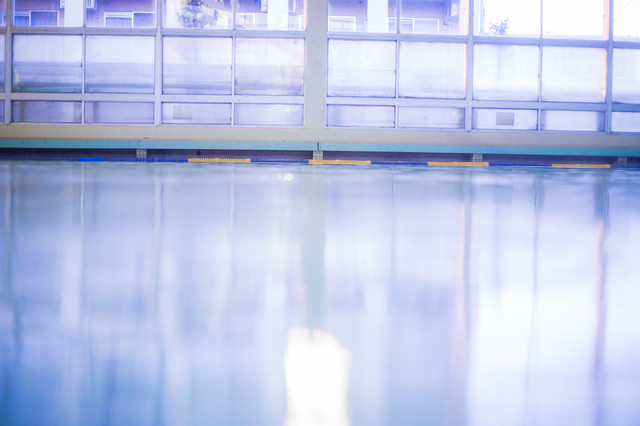 室内プールの写真
