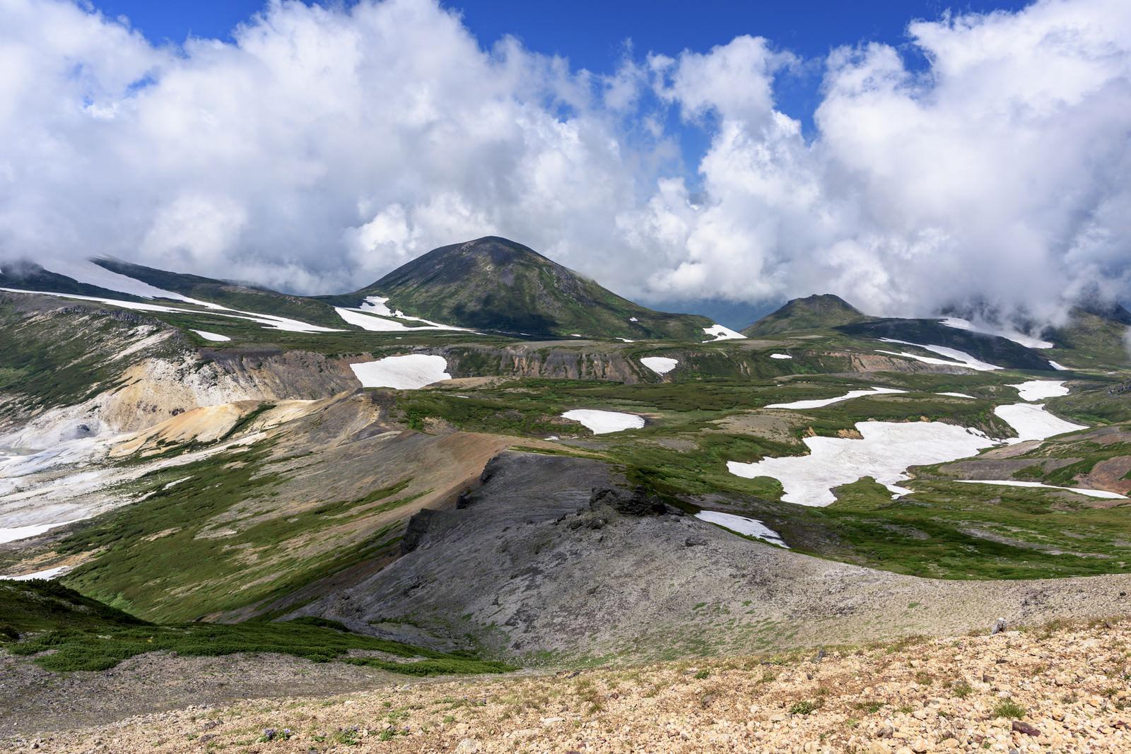 「北海岳(ほっかいだけ)から見る雲ノ平(くものだいら)」の写真