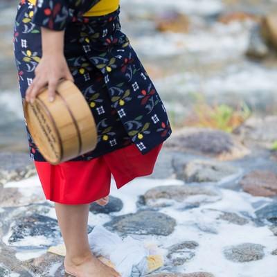 「鏡野町に伝わる足踏み洗濯」の写真素材