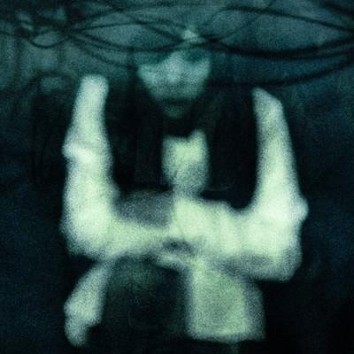 「幽霊ですが質問ある?」の写真素材