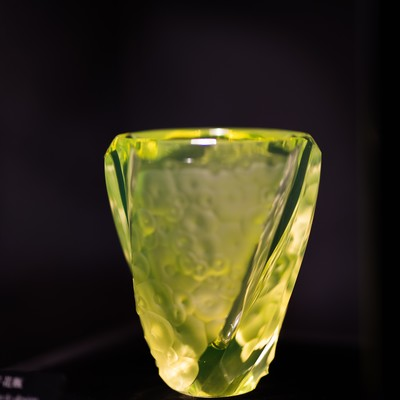 「円文切子花瓶(妖精の森ガラス美術館・鏡野町)」の写真素材
