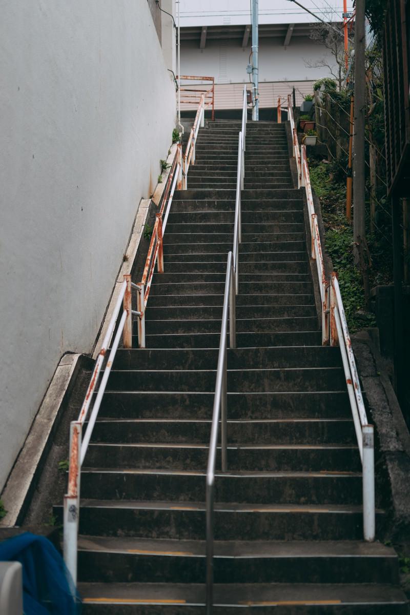 「急な階段」の写真