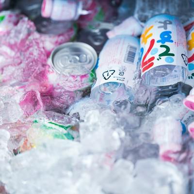 「氷で冷やされたジュース類(ラムネ)」の写真素材