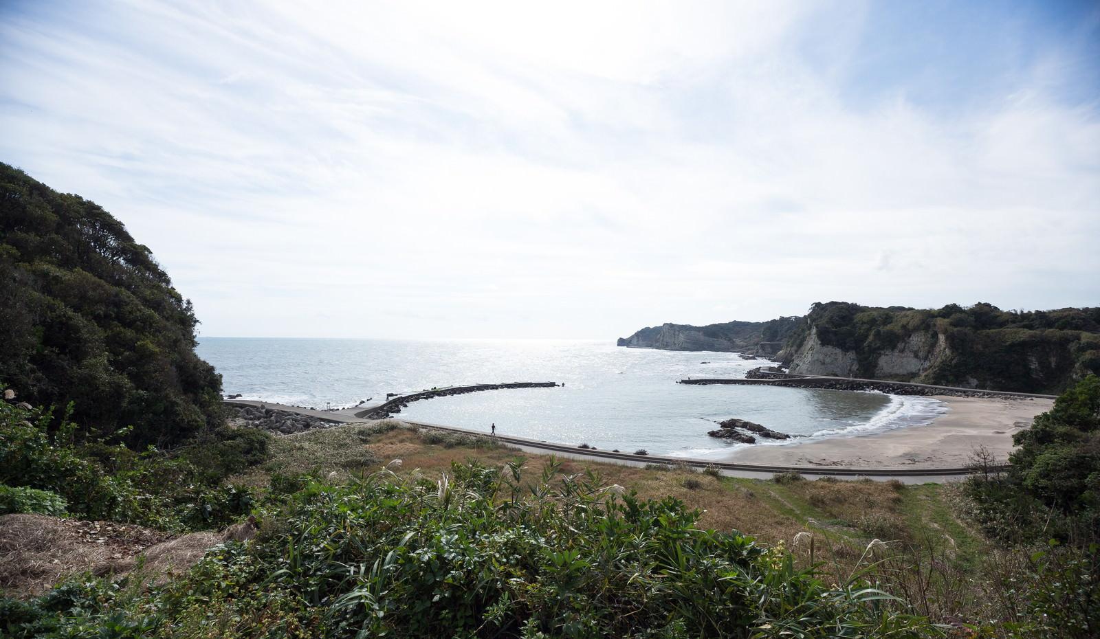 「小浜城跡から一望できる海岸」の写真
