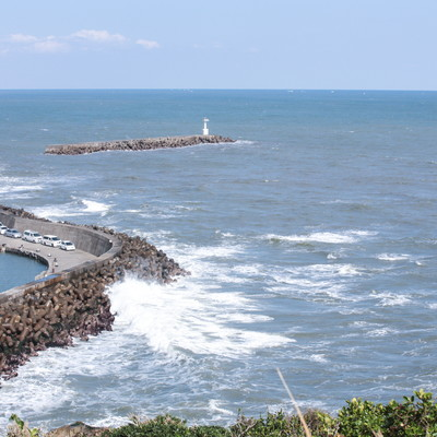 「小浜八幡神社からの外房の海」の写真素材