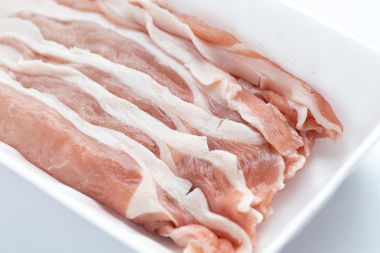 「豚肉(しゃぶしゃぶ用)」の写真