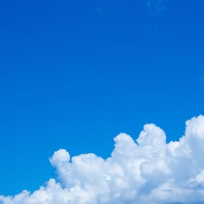 青空と大きな雲の写真