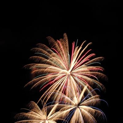 「打ち上げられた花火」の写真素材