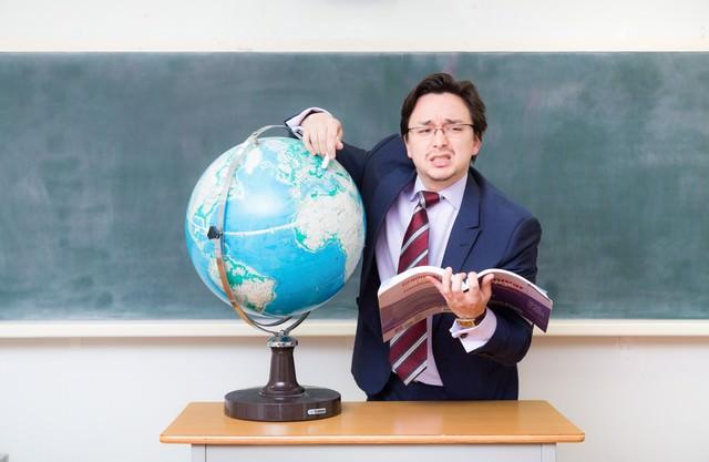 故郷をあまり知らないドイツ人ハーフの講師