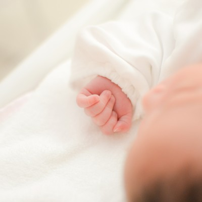 生まれたばかりの赤ちゃんの写真