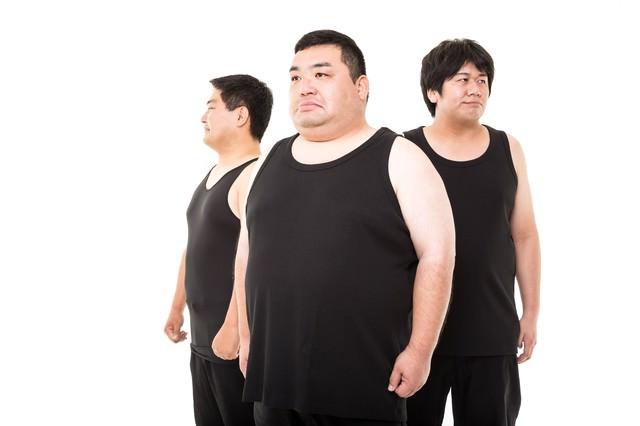 「これでも糖質制限ダイエット中の三銃士を連れてきたよ」のフリー写真素材