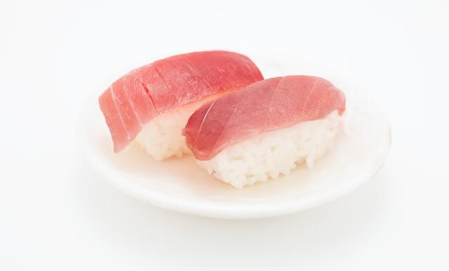 まぐろのお寿司(二貫)の写真