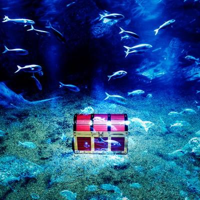 「海底に眠る伝説の秘宝」の写真素材