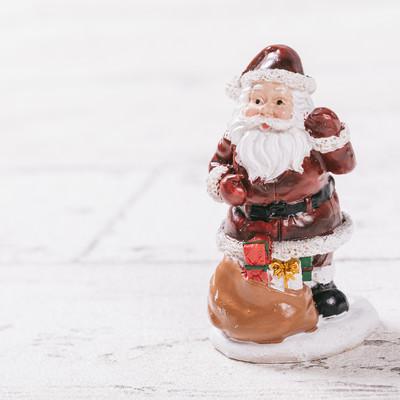 サンタクロースの置物の写真