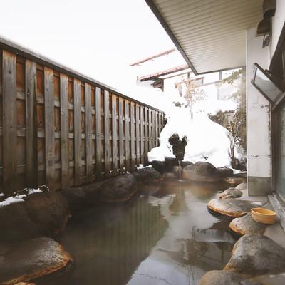 「平田館の露天風呂」の写真素材