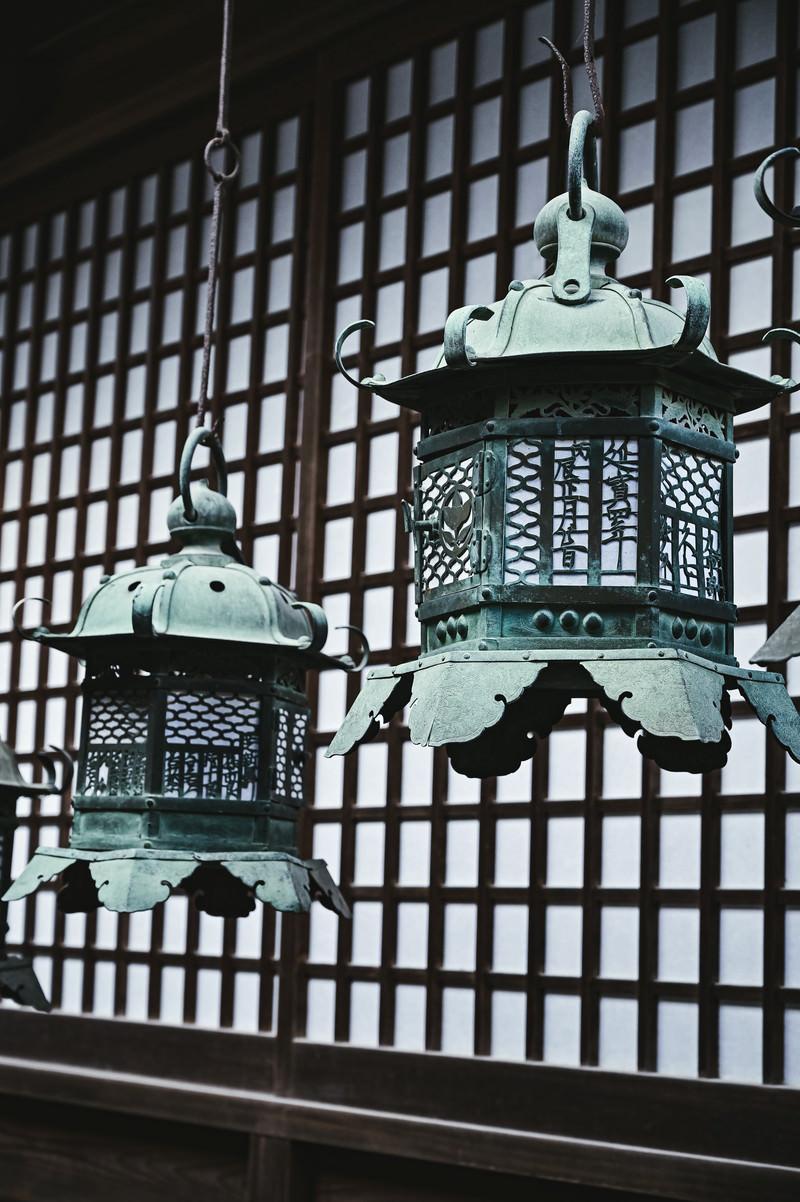 「春日大社の万灯籠」の写真