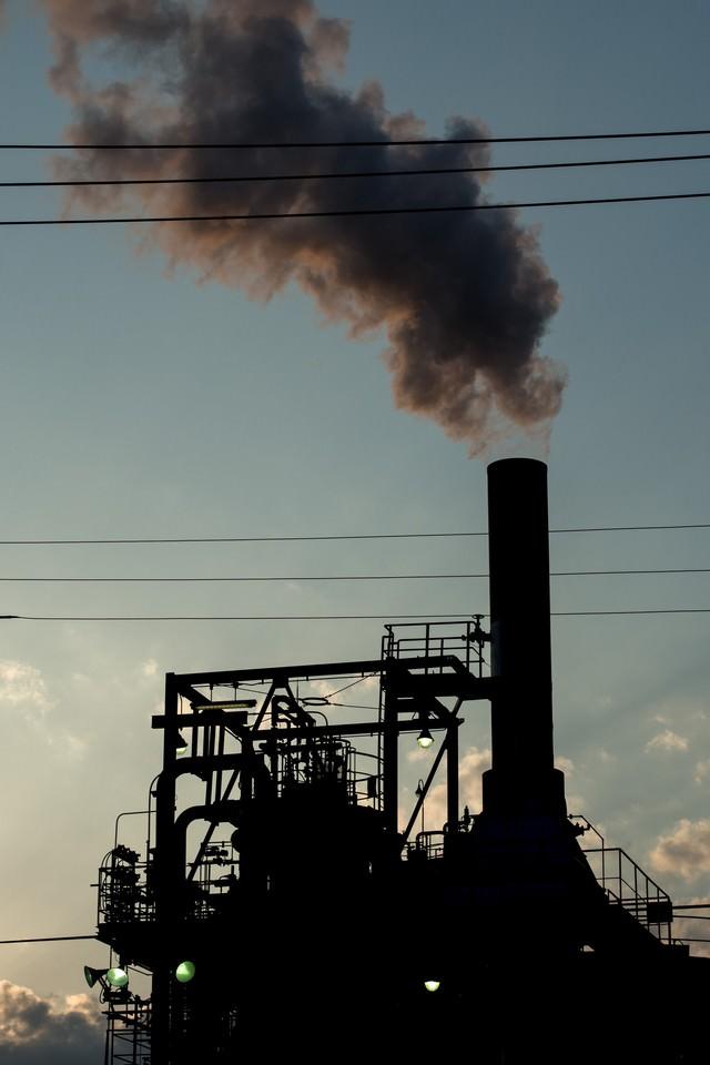 工場の排煙の写真