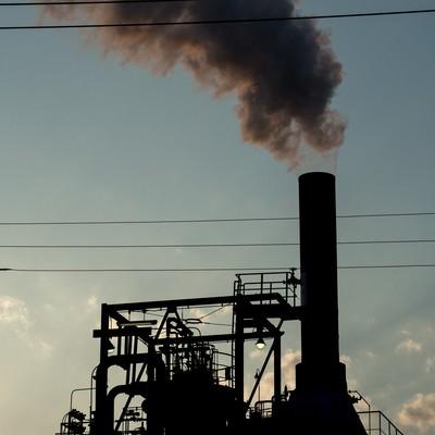 「工場の排煙」の写真素材