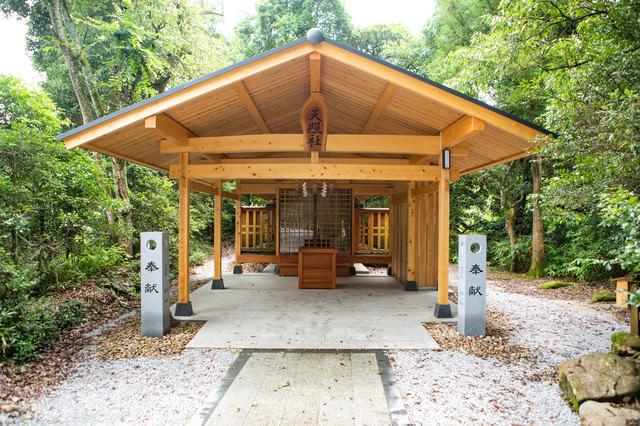 須佐神社境内にある天照社(島根県出雲市)の写真