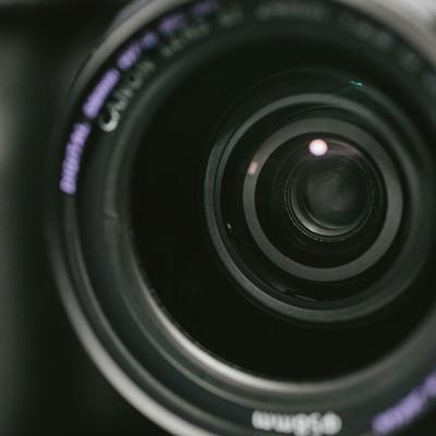 「一眼レフのレンズ玉」の写真素材