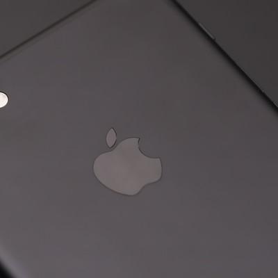 「美しい外観のスマートフォン」の写真素材