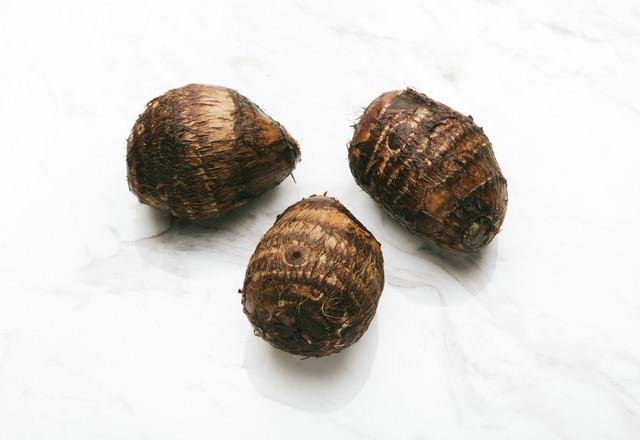 里芋(食材)の写真