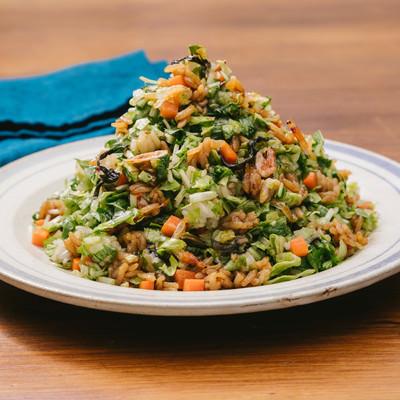 「いっぱい食べても低カロリー「大盛りダイエット高菜チャーハン」」の写真素材