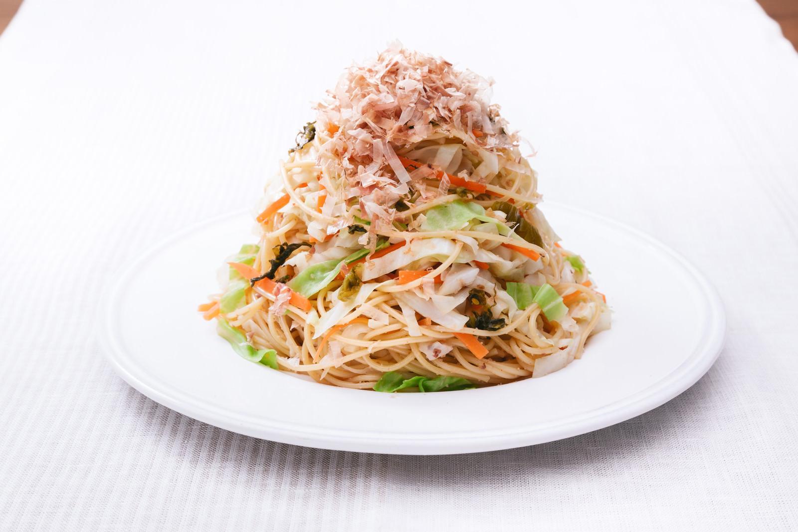 「野菜たっぷりだからヘルシー「キャベツ大盛りダイエットパスタ 」」の写真