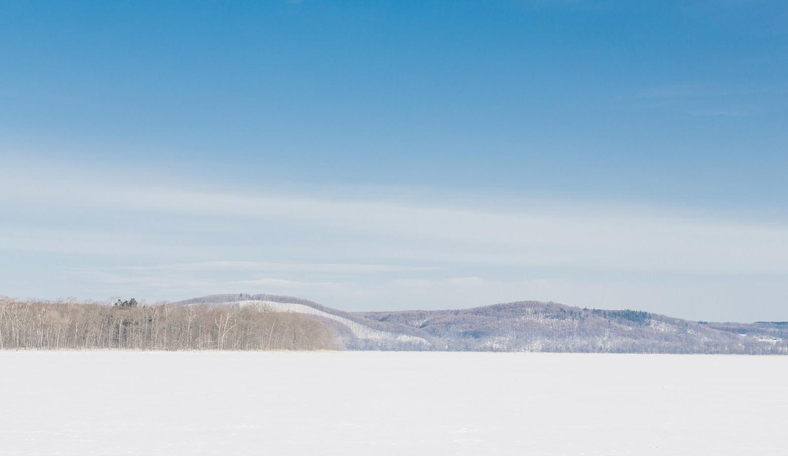 「冬の網走湖からの景観」の写真