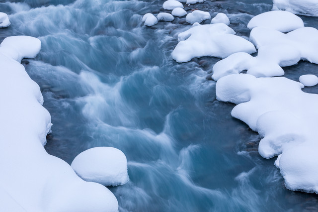 冬の美瑛川の写真