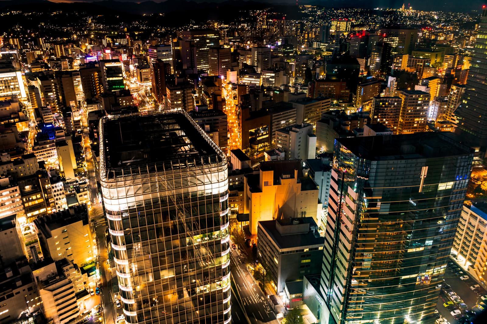 「金色に輝く仙台の夜景」の写真